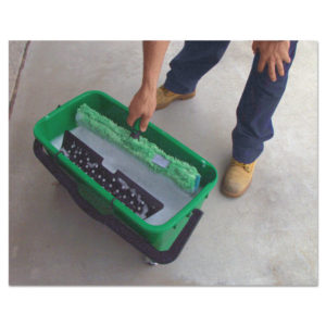 Unger® Pro Bucket